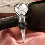 Elegant Chrome Bottle Stopper with Crystal Heart Design