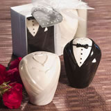 Bridal Couple Salt & Pepper Shaker Wedding Favors
