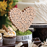 Rustic Heart Table D�cor