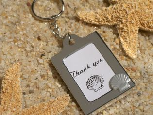 Memorable Moments Seashell Keychain Photo Frame Favors