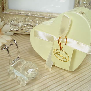 Mini Crystal Carriage in Satin-Lined Heart Box