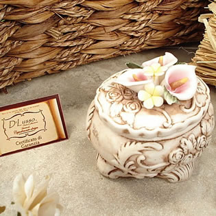 Oval Calla Capo Trinket Box