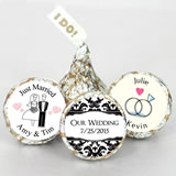 "Personalized ""I DO"" Plume Hershey's Kisses"