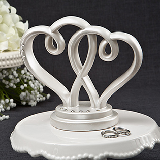 Interlocking hearts centerpiece / cake topper from Fashioncraft
