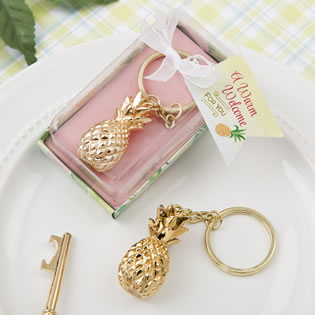 Warm Welcome Collection gold pineapple themed key chain
