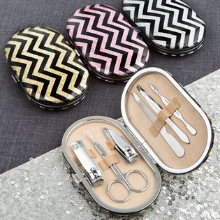 Stunning glittery travel manicure set with chevron design