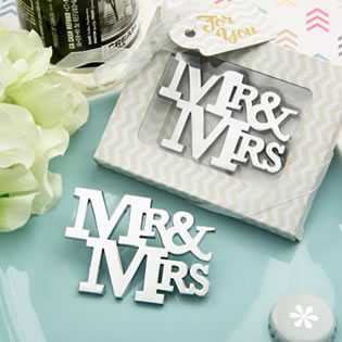 On trend Mr & Mrs Silver metal bottle opener