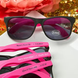 Personalized Collection Plastic Classic style sunglasses